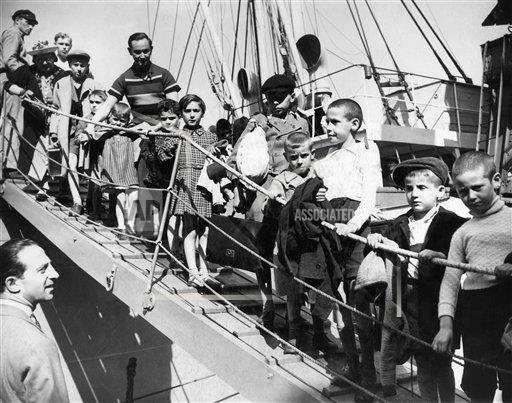 Watchf Associated Press International News   England United Kingdom APHS184921 WWII Poland Children Arrive In England 1939