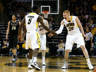 Anthony Clemmons, Aaron White