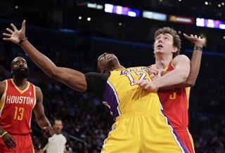 Dwight Howard, Omer Asik