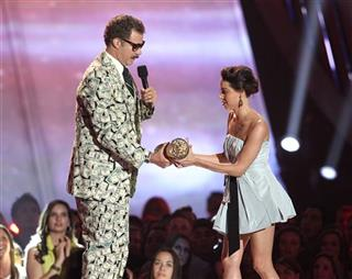 APTOPIX 2013 MTV Movie Awards - Show