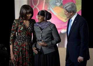 John Kerry, Michelle Obama, Fartuun Adan