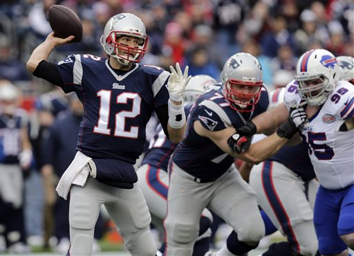 Tom Brady, Kyle Williams