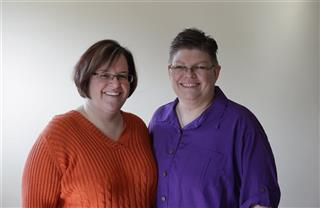 April DeBoer, Jayne Rowse