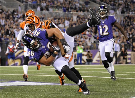 Leon Hall, Dennis Pitta