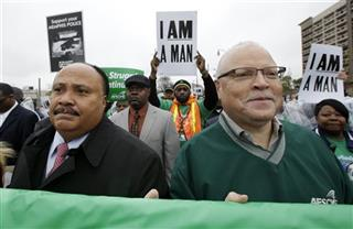 Martin Luther King III, Lee Saunders