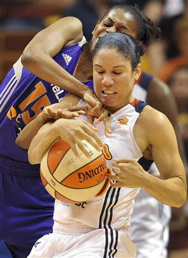 Briana Gilbreath, Kara Lawson