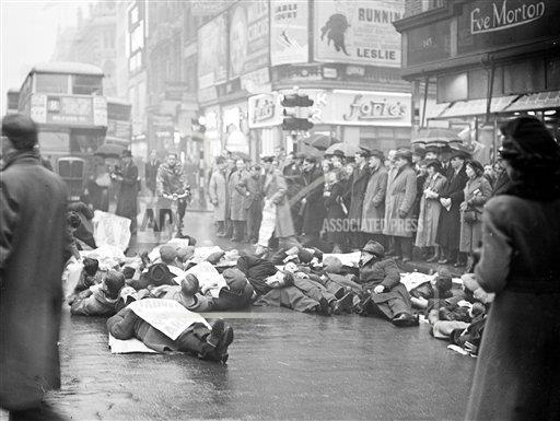 AP I ENGLAND LIE-DOWN PROTEST IN LONDON