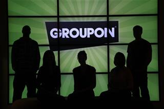 Earns Groupon