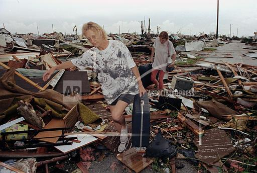 Associated Press Domestic News Florida United States HURRICANE ANDREW AFTERMATH