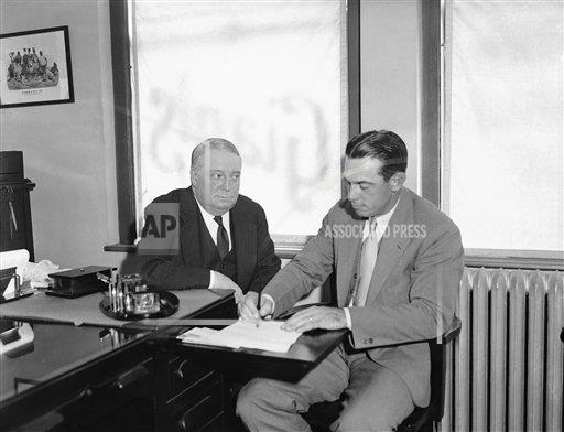 Watchf Associated Press Domestic News  New York United States APHS129123 Bill Terry