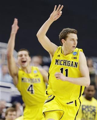 Mitch McGary, Nik Stauskas