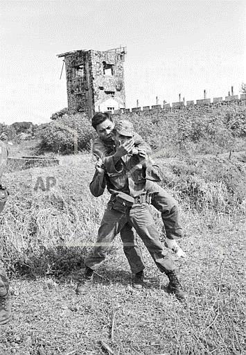 Associated Press International News Vietnam VIETNAM TROOPS WOUNDED 1965