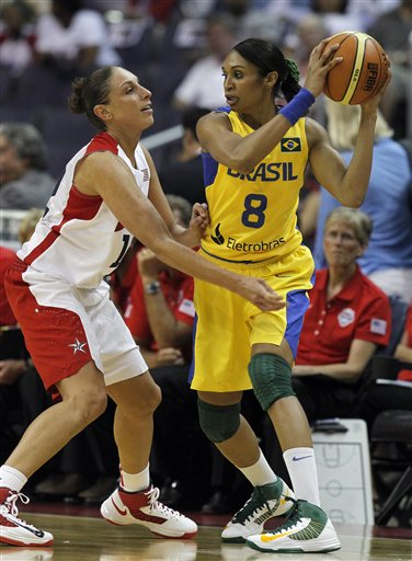 Diana Taurasi, Iziane Castro Marques