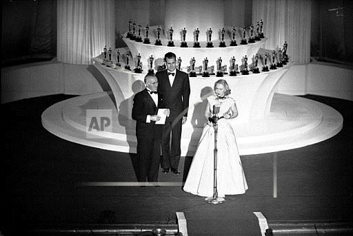Associated Press Domestic News California United States Entertainment OSCARS 1947 CELESTE HOLM