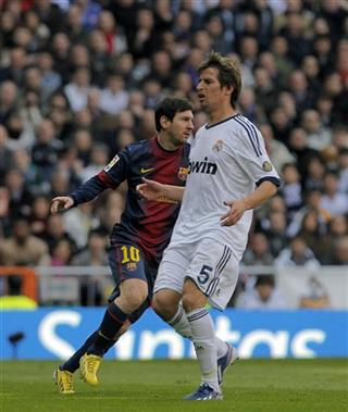 Lionel Messi, Fabio Coentrao