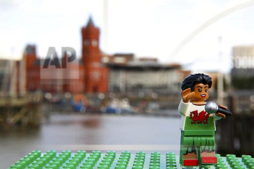 LEGO Mini Welsh Legends