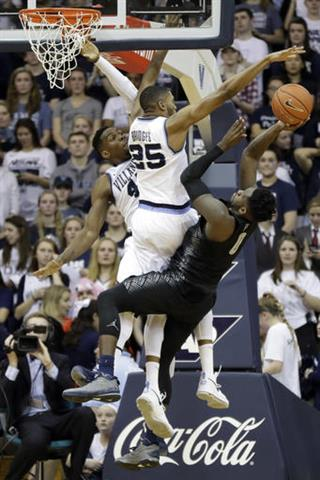 Mikal Bridges, Darryl Reynolds, L.J. Peak