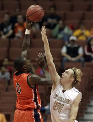 Marquis Horne, Canyon Barry
