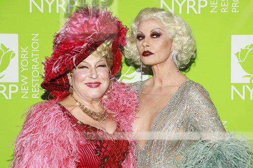 Bette Midler's Annual Hulaween Benefit 2019
