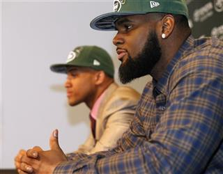 Dee Millner, Sheldon Richardson