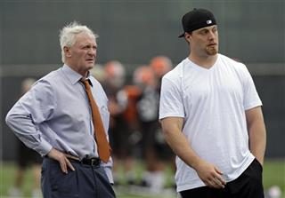 Jimmy Haslam, Paul Kruger