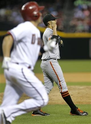 Sergio Romo, Miguel Montero