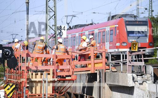Railway provides information on rail construction projects