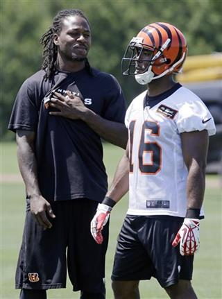 Adam Jones, Andrew Hawkins