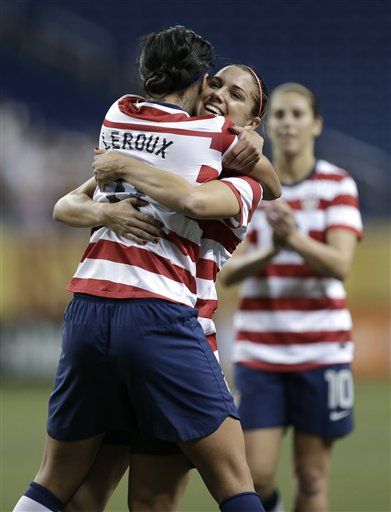 Sydney Leroux, Alex Morgan