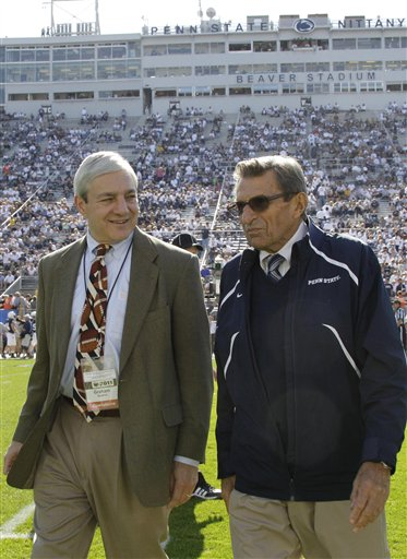 Joe Paterno, Graham Spanier