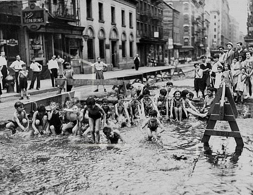 Associated Press Domestic News New York United States NEW YORK CITY HEATWAVE