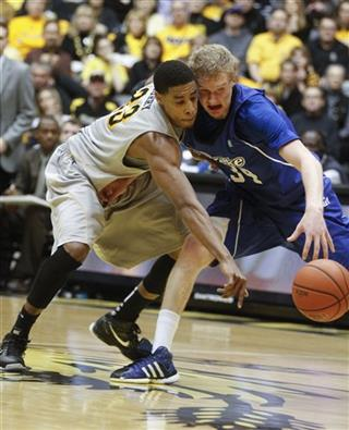 Drake Wichita St Basketaball