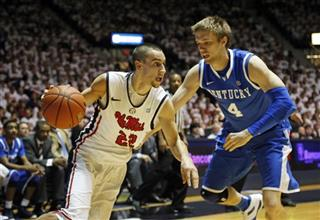 Marshall Henderson, Jon Hood