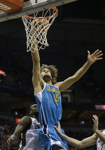 Robin Lopez, Samuel Dalembert