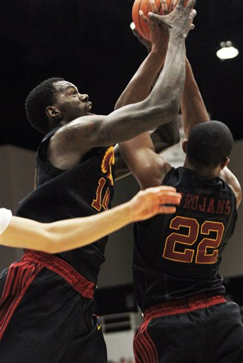 Dewayne Dedmon, Byron Wesley