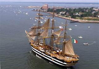Travel Quebec Tall Ships