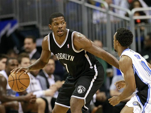 Joe Johnson,Ish Smith