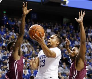 Kentucky-Player Moves Basketball