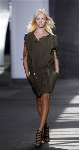 Fashion Edun Spring 2013