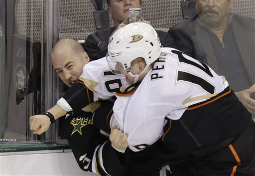 Corey Perry, Stephane Robidas
