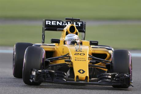 Emirates F1 Renault Vasseur Leaves