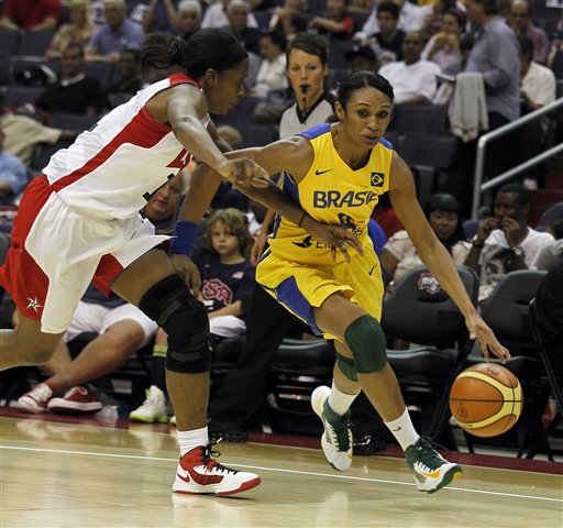  Iziane Castro Marques, Swin Cash