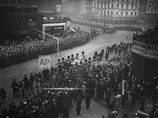 Watchf AP I   XEN APHSL26272 Funeral of King George V
