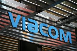 Earns Viacom
