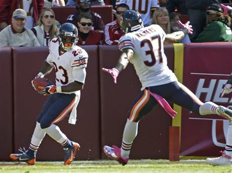 Devin Hester, Anthony Walters