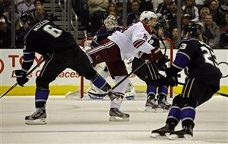 Shane Doan, Jake Muzzin, Dustin Brown