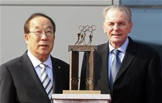 Jacques Rogge, Park Yong-sung