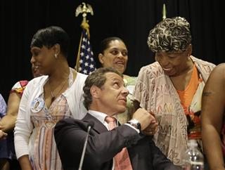 Gwen Carr, Andrew Cuomo,