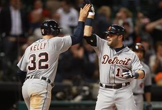 Alex Avila, Don Kelly