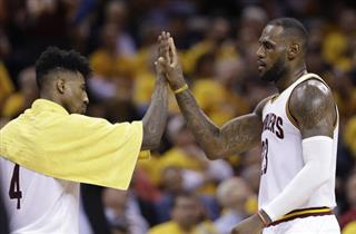 LeBron James, Iman Shumpert